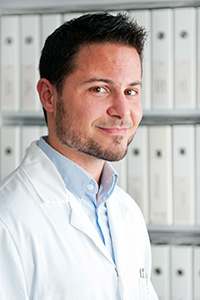 Cédric Annweiler, chef du service gériatrie du CHU d'Angers.