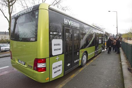 un bus hybride diesel lectrique test angers angers loire m tropole. Black Bedroom Furniture Sets. Home Design Ideas